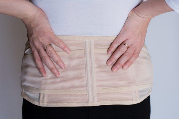 BeautyMommy Upsie pocaktartó hátúlról